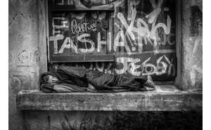 IMPORTED: www_commonwealthfund_org____media_images_newsletters_quality_matters_oct_nov_2014_492445641_homelessness_h_185_w_300.jpg