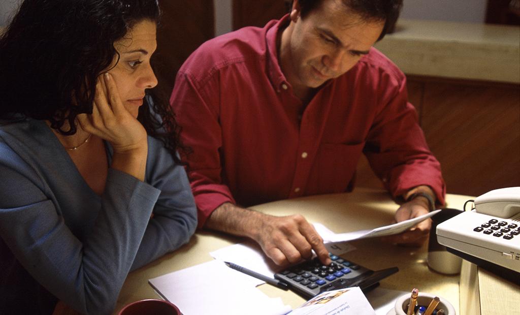 make americas finances worse - 1024×620