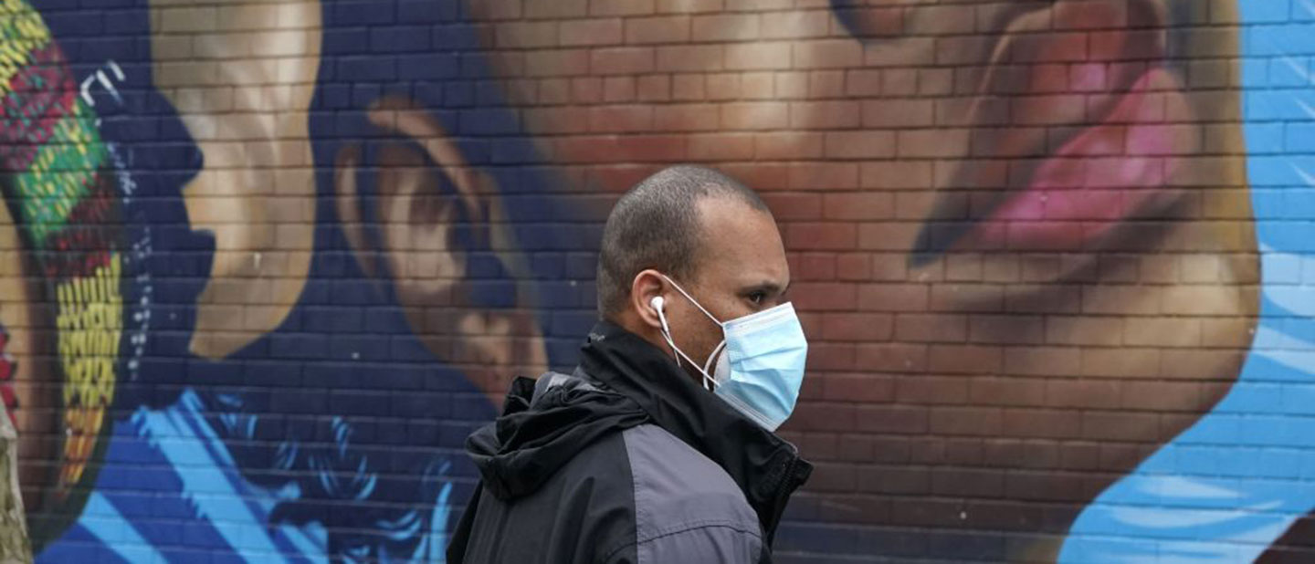 man-wearing-mask-in-the-Bronx-during-COVID-19-outbreak